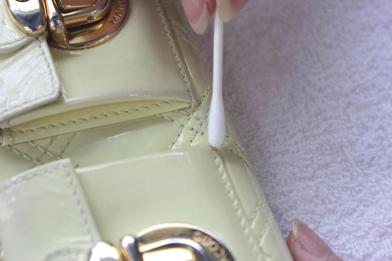 エナメルバッグ・鞄・財布のクリーニング・修理